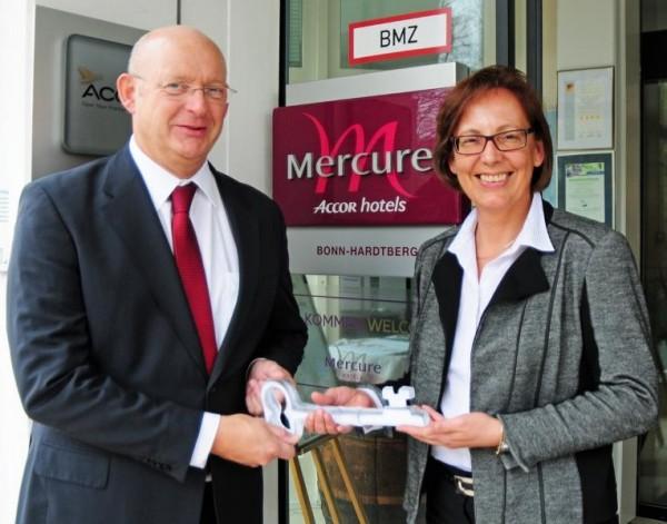 Pressefoto-Wechsel-Mercure-Bonn-Hardberg-Foto-Wingens
