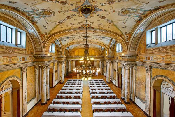 Die Marble Hall innerhalb der Marienbader Danubius-Gruppe versetzt Veranstaltungsteilnehmer in die italienische Renaissance zurück. Foto: CzechTourism