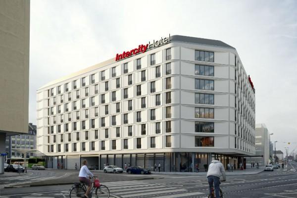 Das Intercity Hotel Frankfurt wird mit 400 Zimmern das größte innerhalb der Intercity Marke. Abb.: CA Immo
