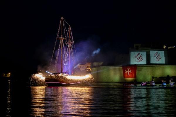"""Das maritime Spektakel """"Valletta Pageant of the Seas"""", das am 7. Juni 2018 in Vallettas imposantem Großhafen stattfindet, stellt einen der Höhepunkte des Gesamtprogramms dar. Foto: Fremdenverkehrsamt Malta"""