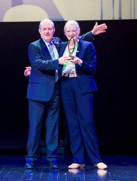 Deutscher_Pavillon_Gold_Award-w800-h600
